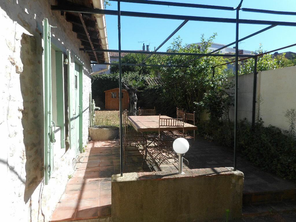 Location Maison 6 pièces à Castres - vignette-1
