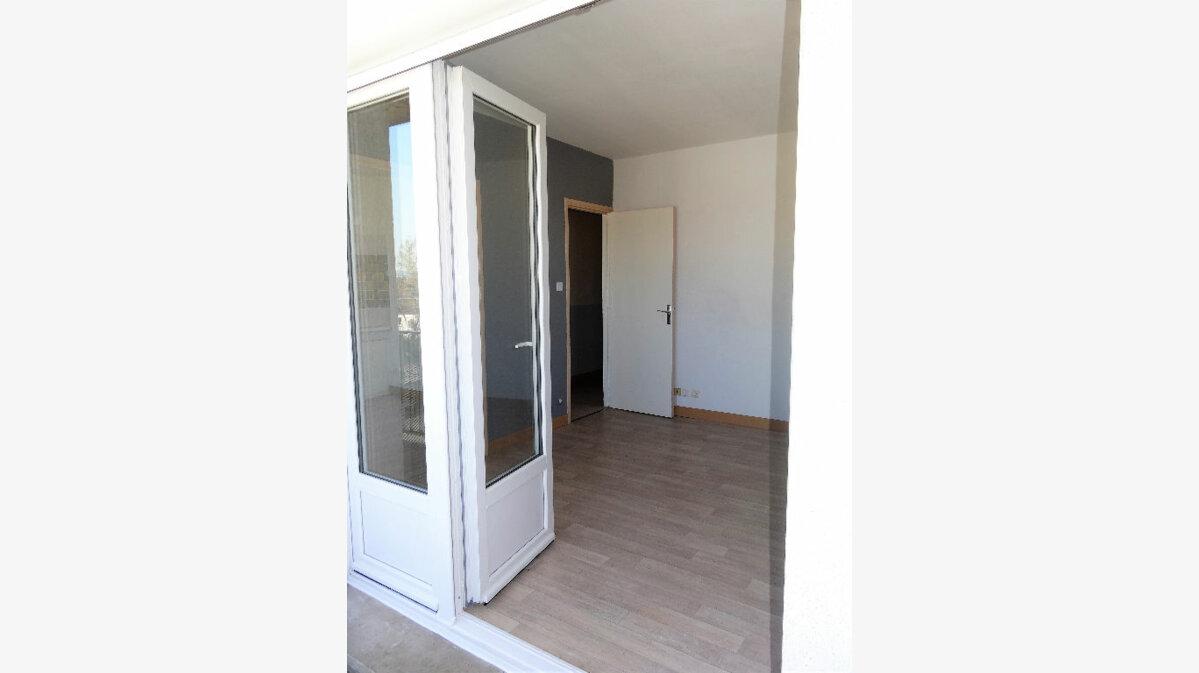 Location Appartement 2 pièces à Albi - vignette-6