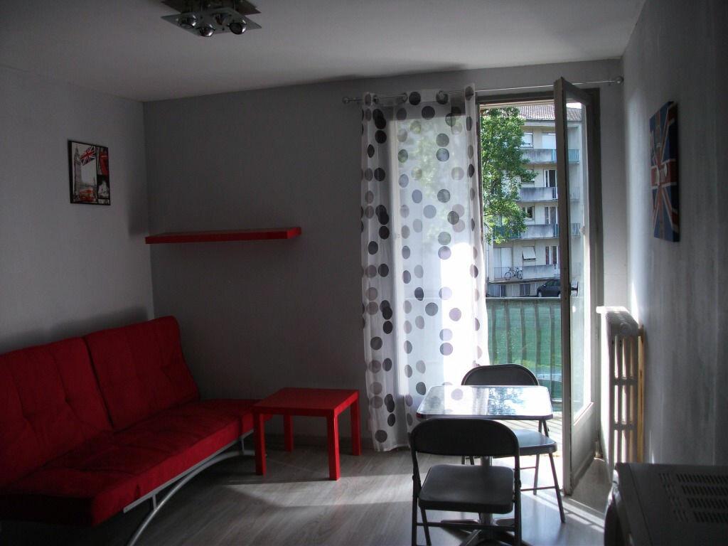 Achat Appartement 1 pièce à Albi - vignette-4