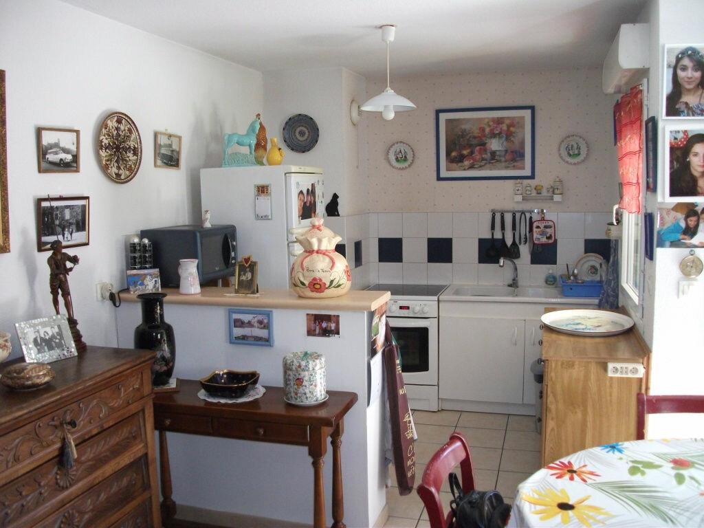 Achat Appartement 3 pièces à Saint-Juéry - vignette-4