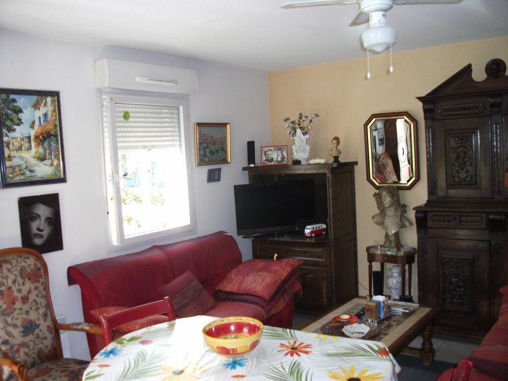 Achat Appartement 3 pièces à Saint-Juéry - vignette-5