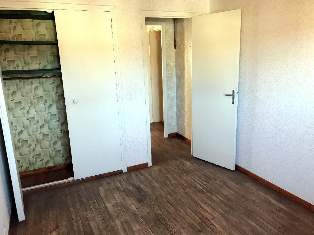 Location Maison 6 pièces à Albi - vignette-11