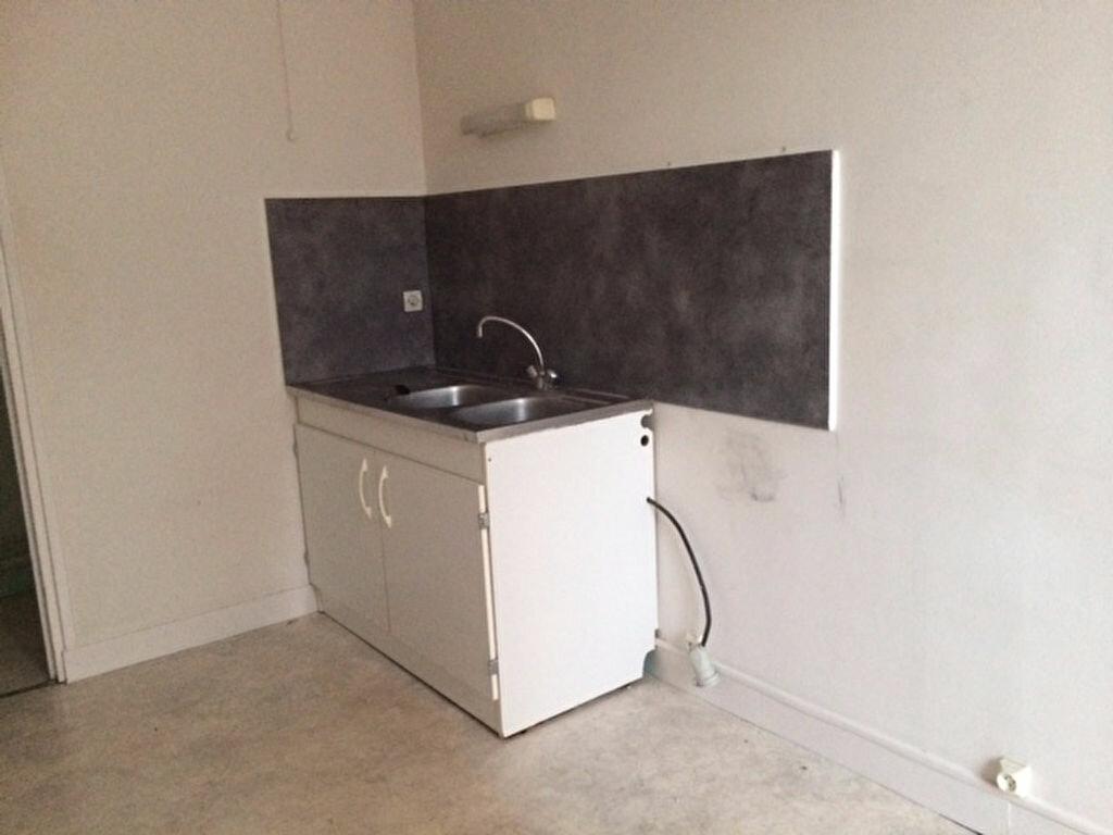 Location Appartement 3 pièces à Cherbourg-Octeville - vignette-2