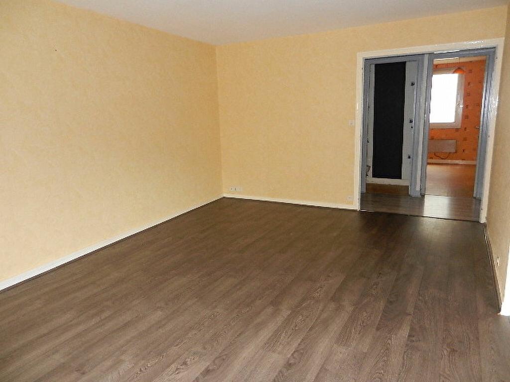 Location Appartement 5 pièces à Cherbourg-Octeville - vignette-12