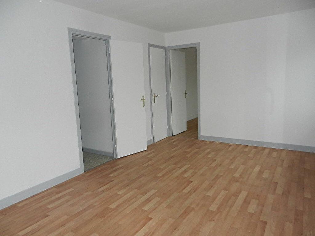 Location Appartement 3 pièces à Tourlaville - vignette-3