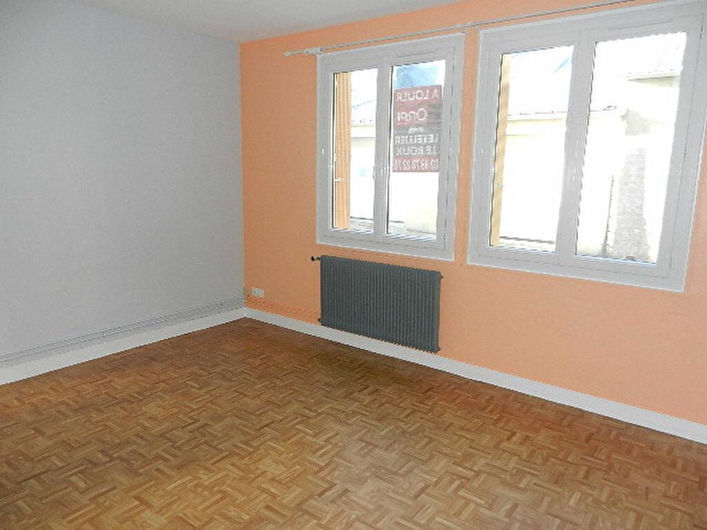Location Appartement 1 pièce à Cherbourg-Octeville - vignette-3