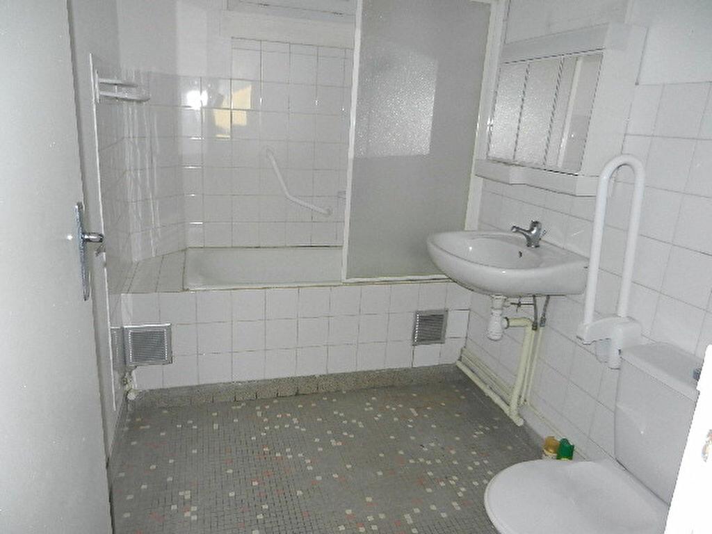 Location Appartement 1 pièce à Cherbourg-Octeville - vignette-5