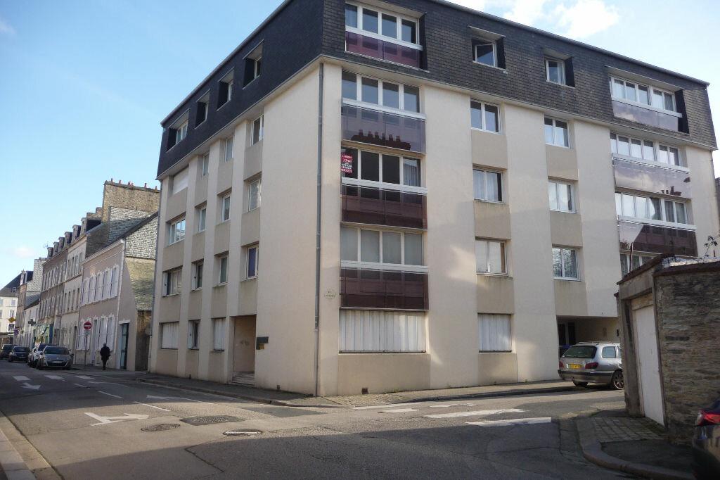 Achat Appartement 8 pièces à Cherbourg-Octeville - vignette-1