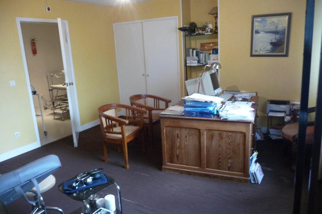 Achat Appartement 8 pièces à Cherbourg-Octeville - vignette-3