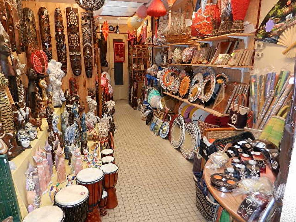 Location Local commercial  à Cherbourg-Octeville - vignette-2