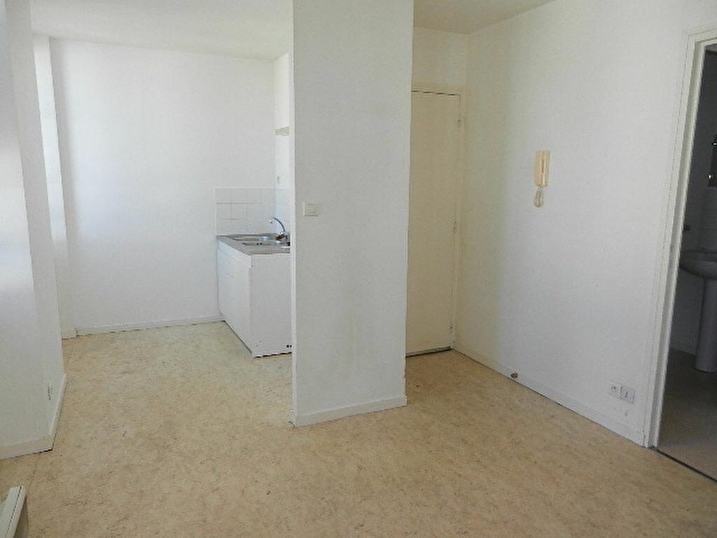 Location Appartement 2 pièces à Cherbourg-Octeville - vignette-6