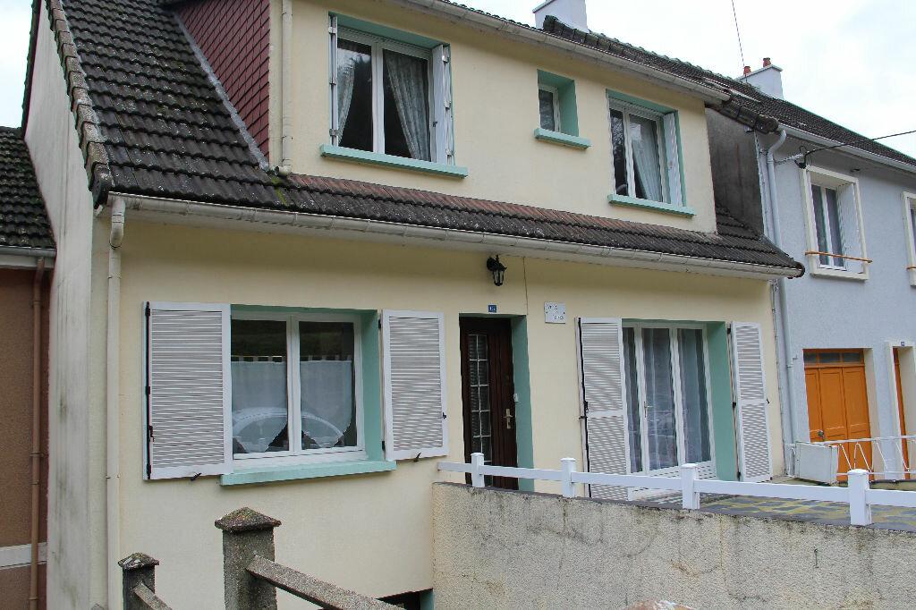 Achat Maison 6 pièces à Cherbourg-Octeville - vignette-1