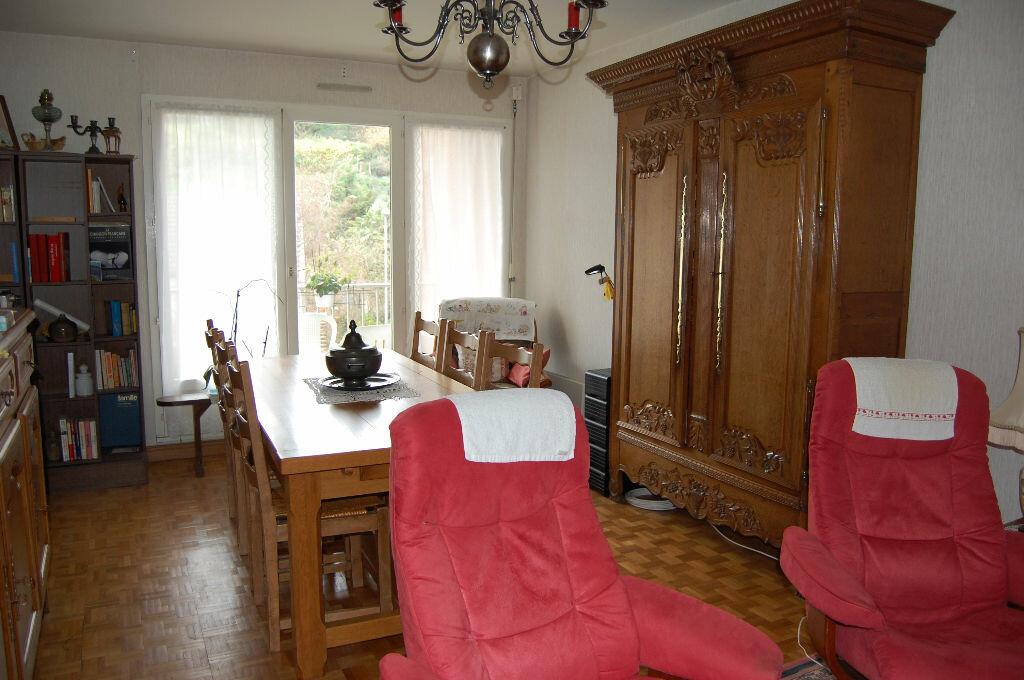 Achat Appartement 4 pièces à Équeurdreville-Hainneville - vignette-1