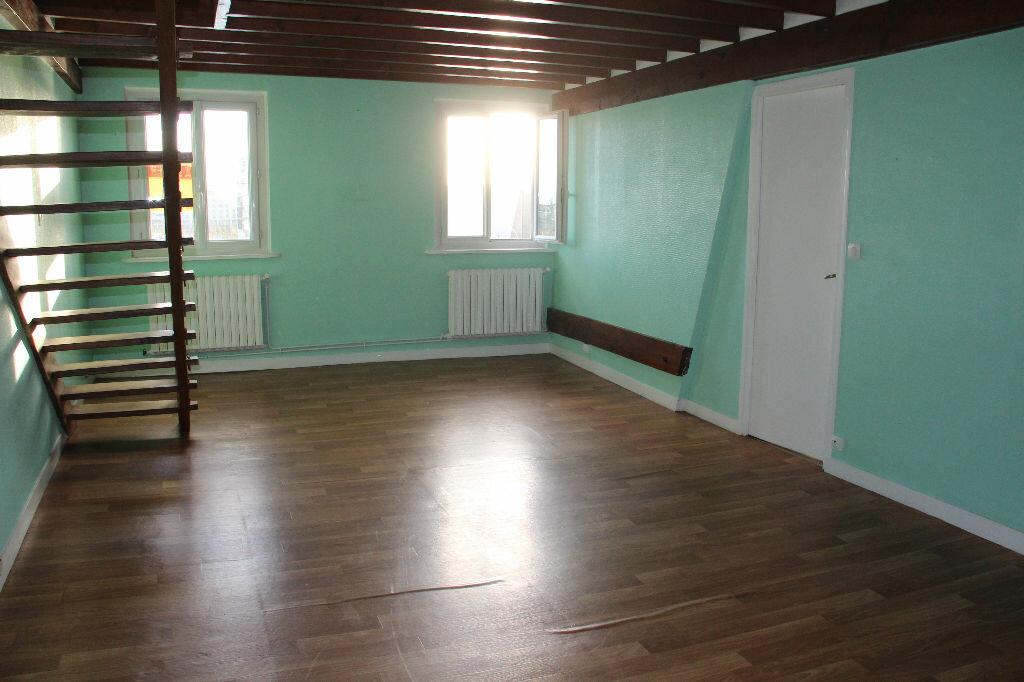Achat Appartement 4 pièces à Cherbourg-Octeville - vignette-2