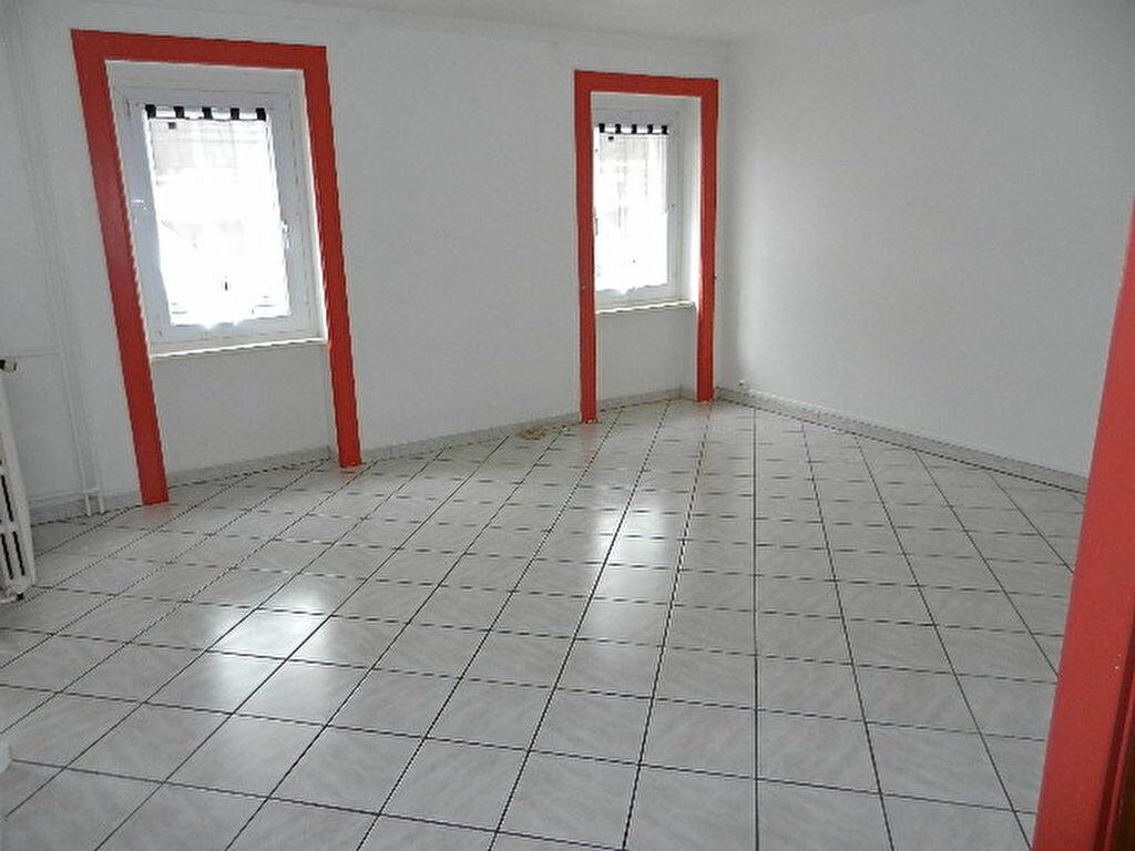 Location Appartement 2 pièces à Équeurdreville-Hainneville - vignette-1