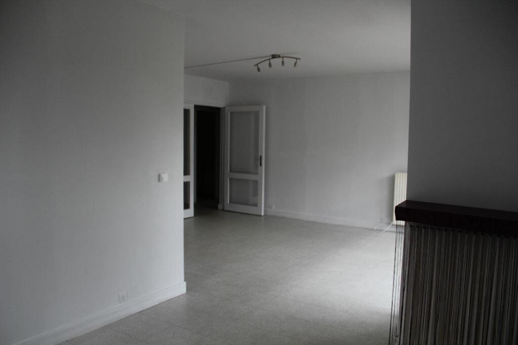 Location Appartement 4 pièces à Cherbourg-Octeville - vignette-6
