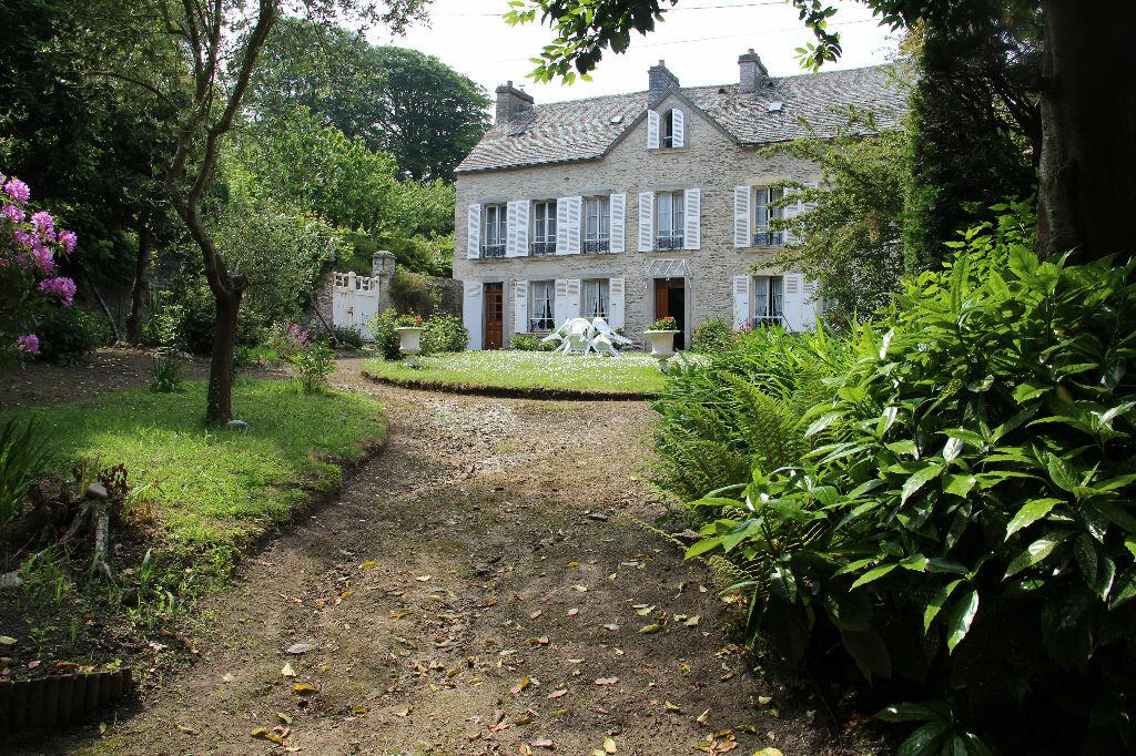 Achat Maison 8 pièces à Équeurdreville-Hainneville - vignette-1