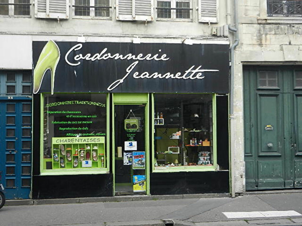 Location Local commercial  à Cherbourg-Octeville - vignette-1