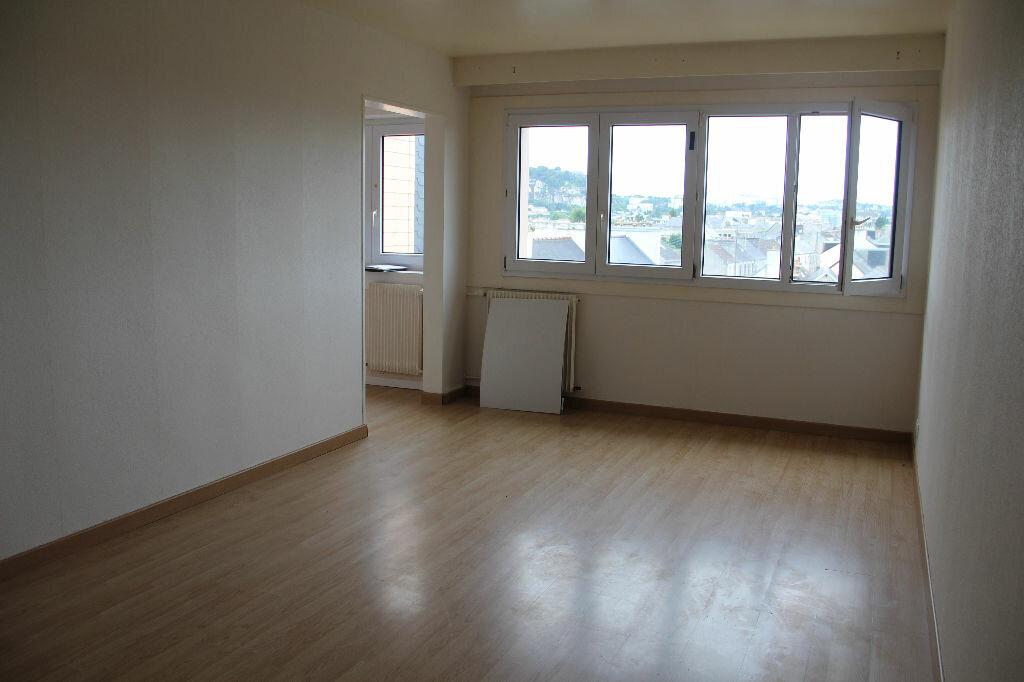 Achat Appartement 1 pièce à Tourlaville - vignette-1
