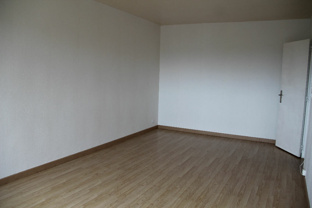 Achat Appartement 1 pièce à Tourlaville - vignette-4