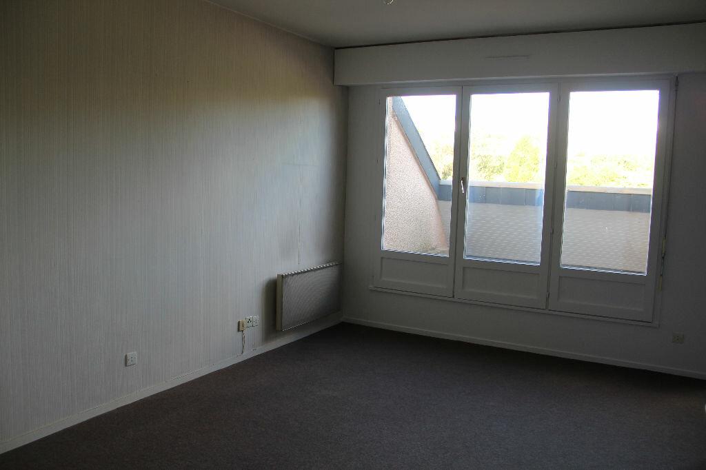 Achat Appartement 2 pièces à Équeurdreville-Hainneville - vignette-1