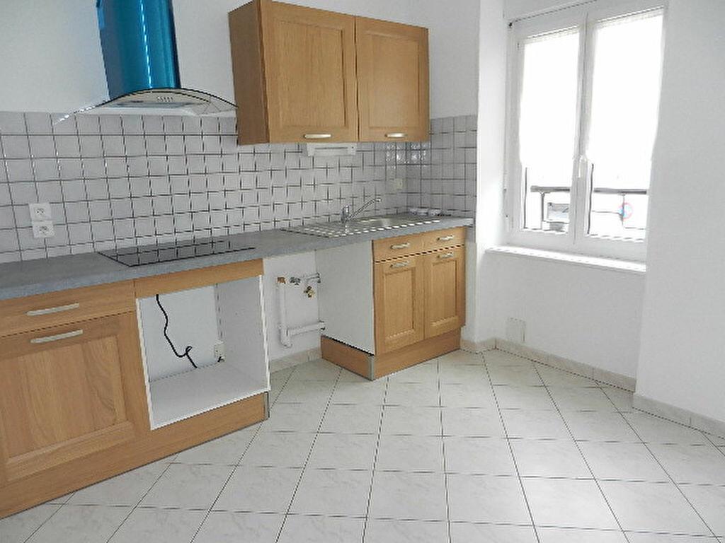 Location Maison 5 pièces à Cherbourg-Octeville - vignette-3