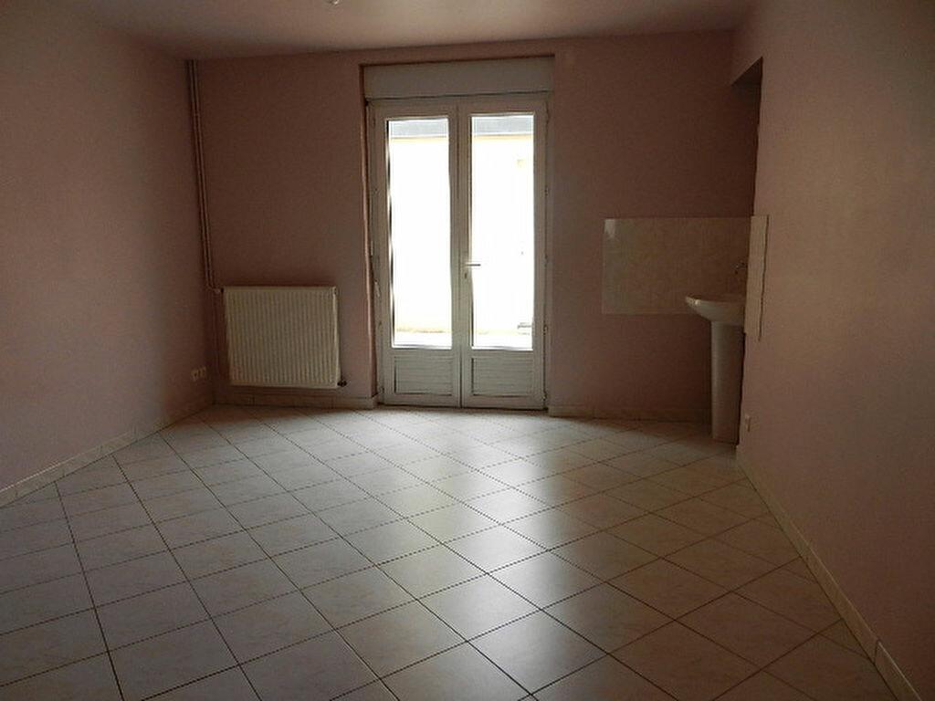 Location Maison 5 pièces à Cherbourg-Octeville - vignette-6