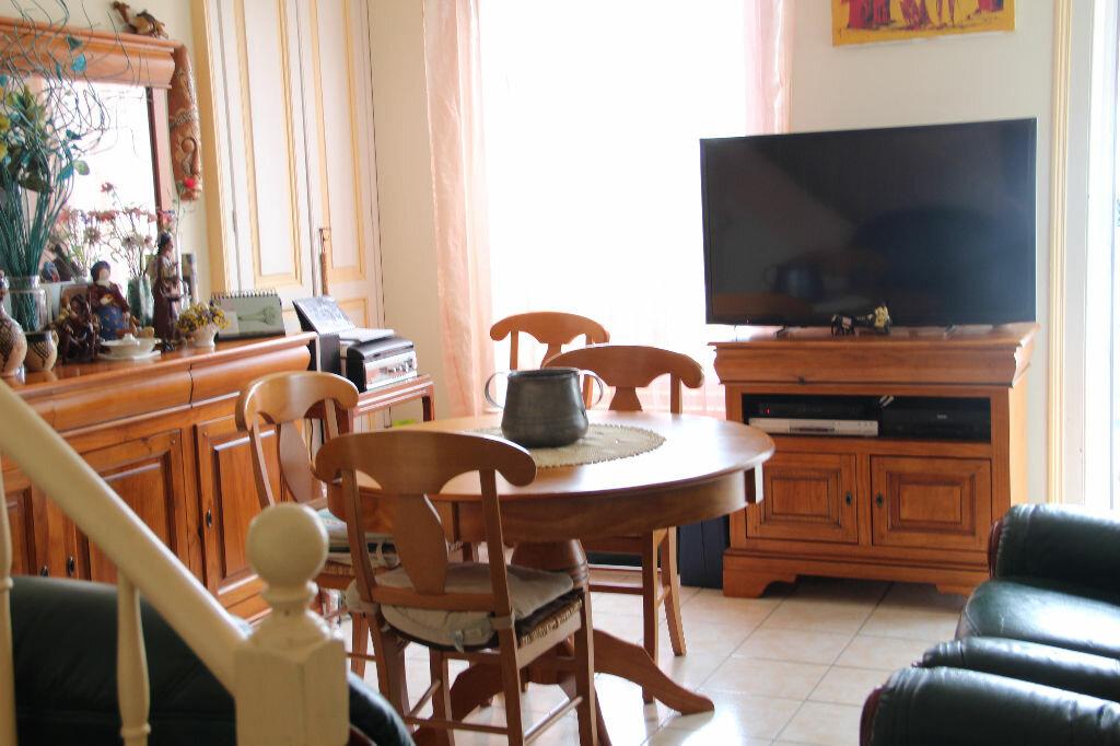 Achat Maison 4 pièces à Cherbourg-Octeville - vignette-2