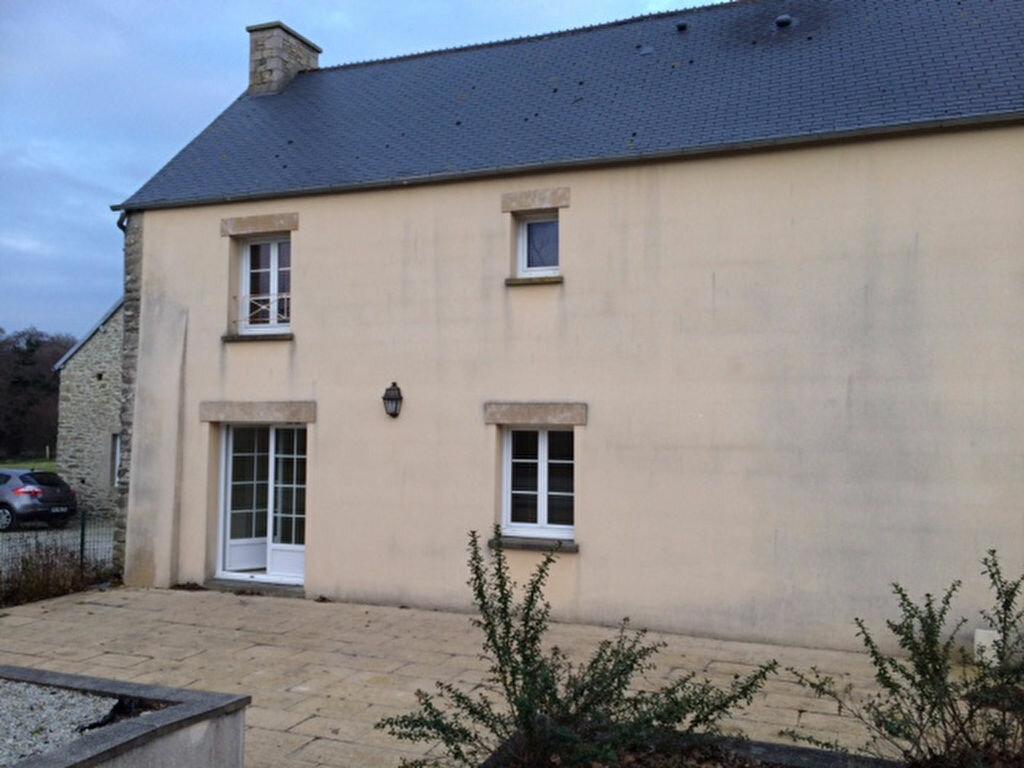 Location Maison 5 pièces à Le Mesnil-au-Val - vignette-1