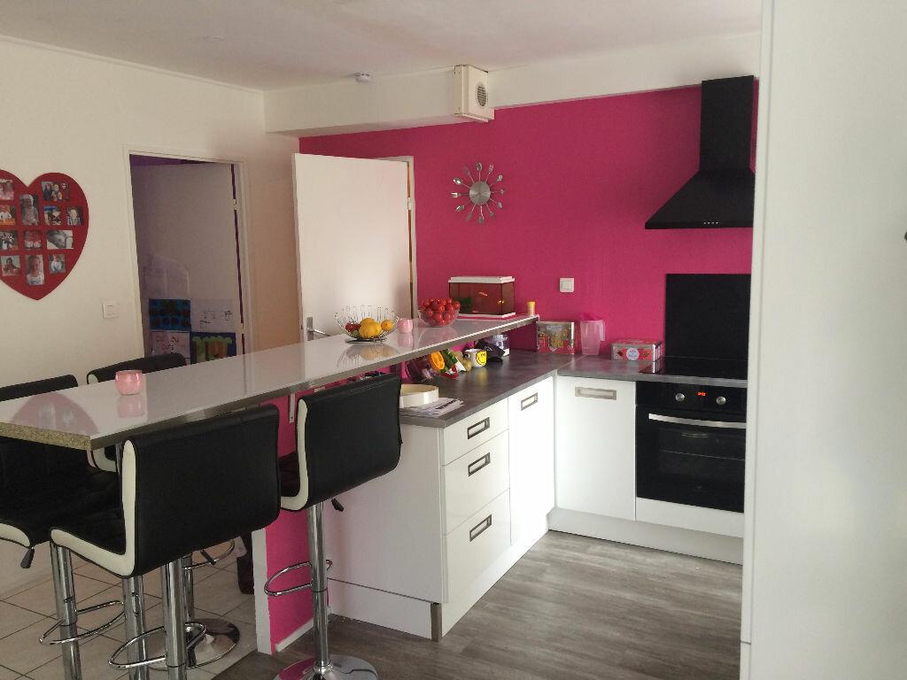 Location Appartement 4 pièces à Cherbourg-Octeville - vignette-1