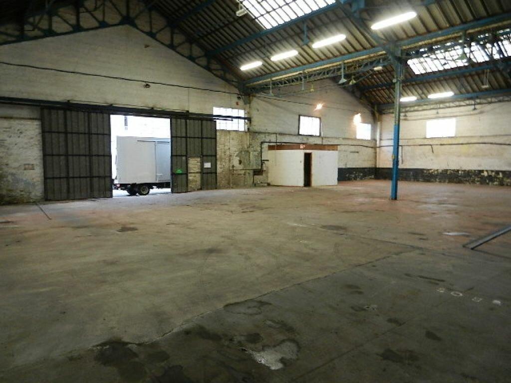 Location Local commercial  à Cherbourg-Octeville - vignette-4