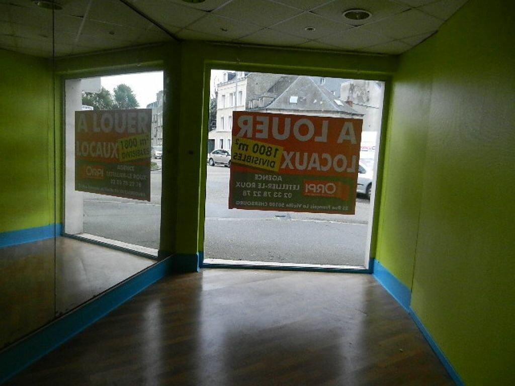 Location Local commercial  à Cherbourg-Octeville - vignette-10