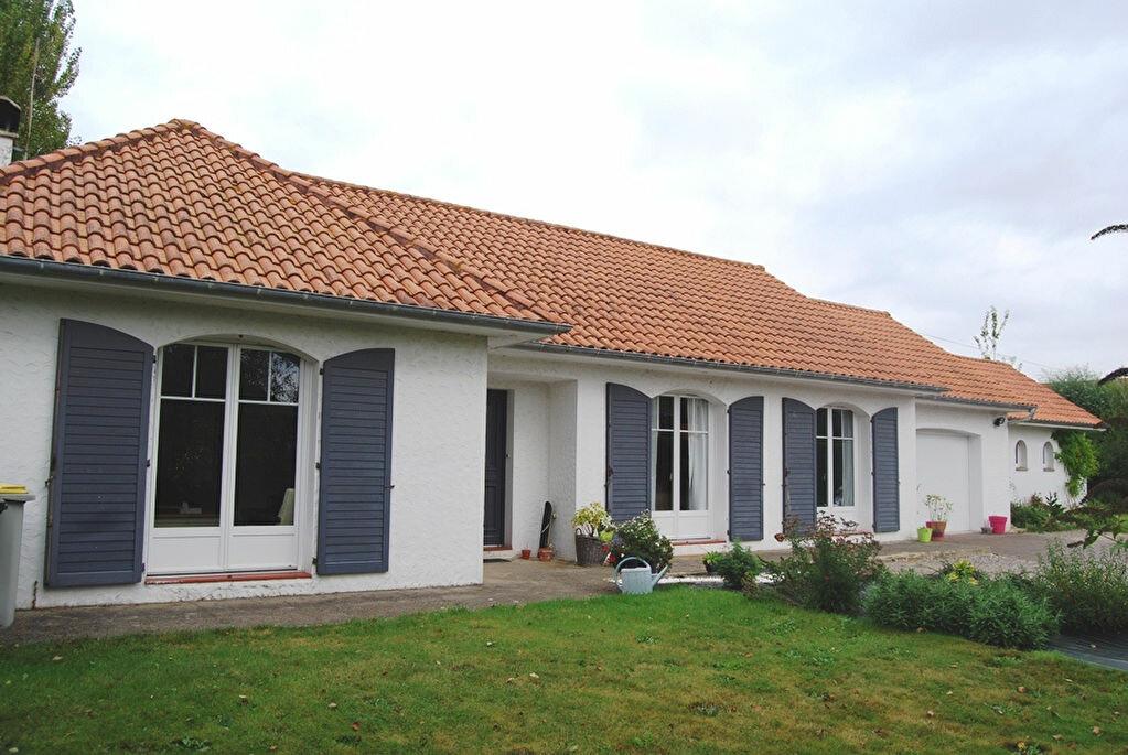 Achat Maison 9 pièces à Rang-du-Fliers - vignette-1