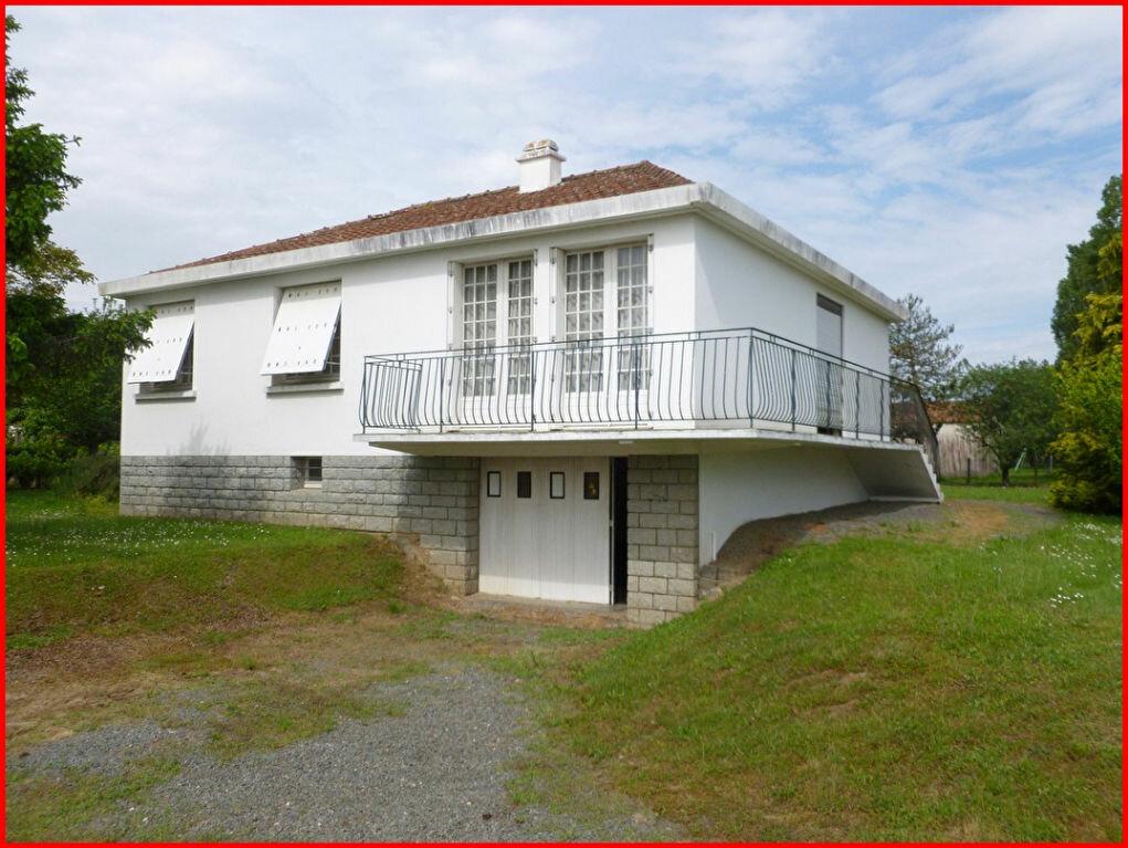 Achat Maison 4 pièces à Corcoué-sur-Logne - vignette-1