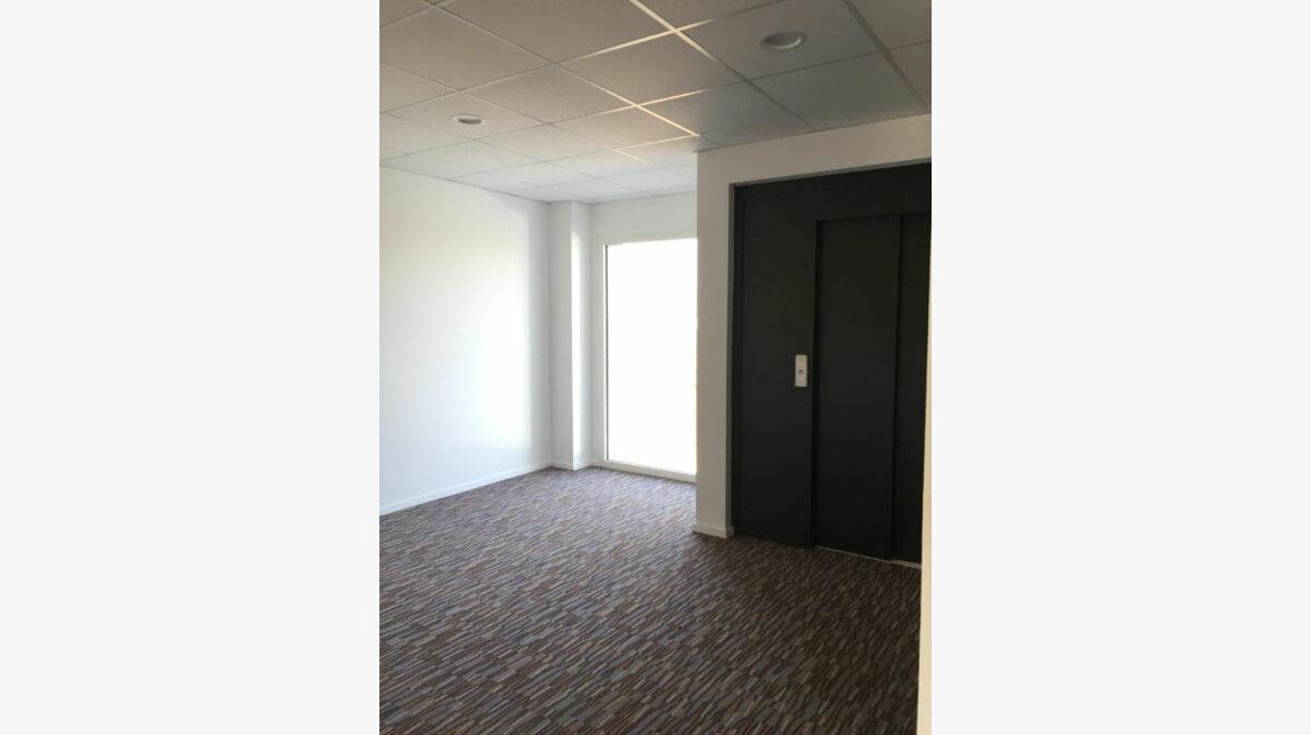 Achat Appartement 4 pièces à Saint-Nicolas-de-Redon - vignette-4