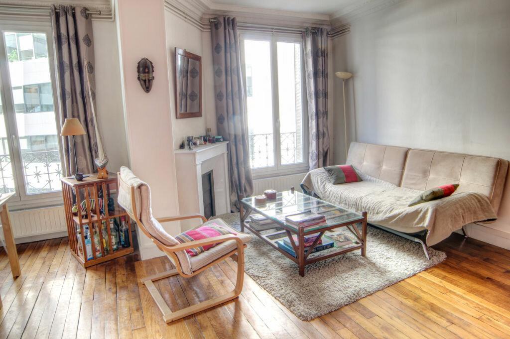 Achat Appartement 3 pièces à Issy-les-Moulineaux - vignette-1