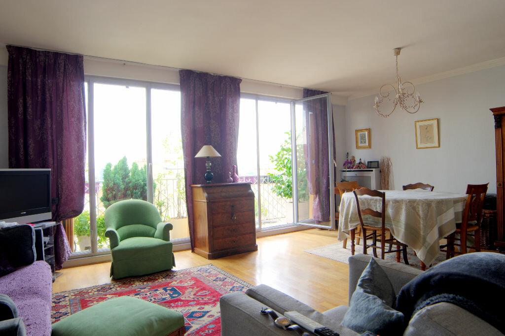 Achat Appartement 4 pièces à Issy-les-Moulineaux - vignette-1