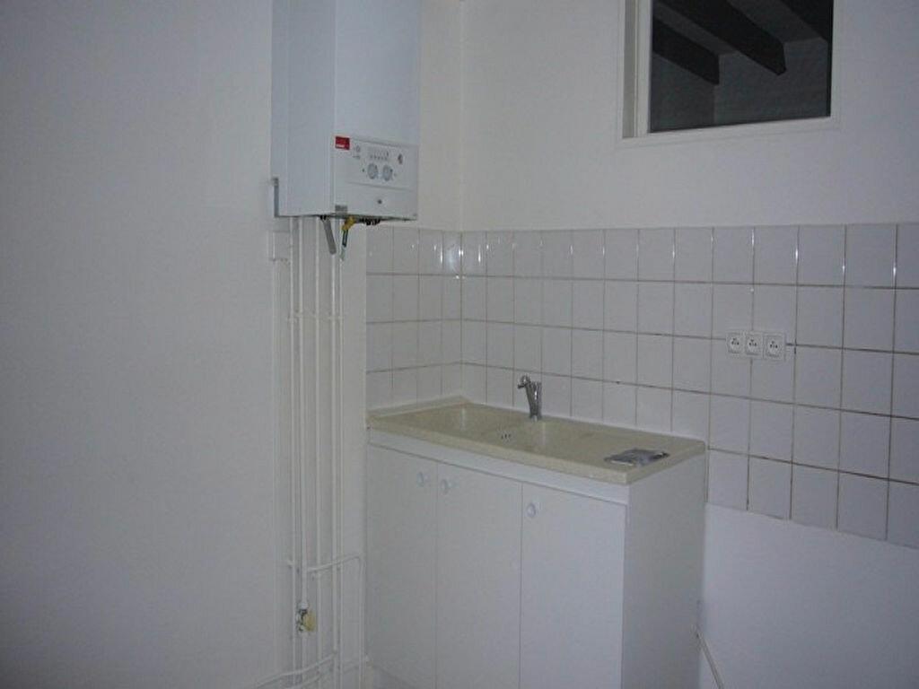 Location Appartement 4 pièces à Châtillon - vignette-10