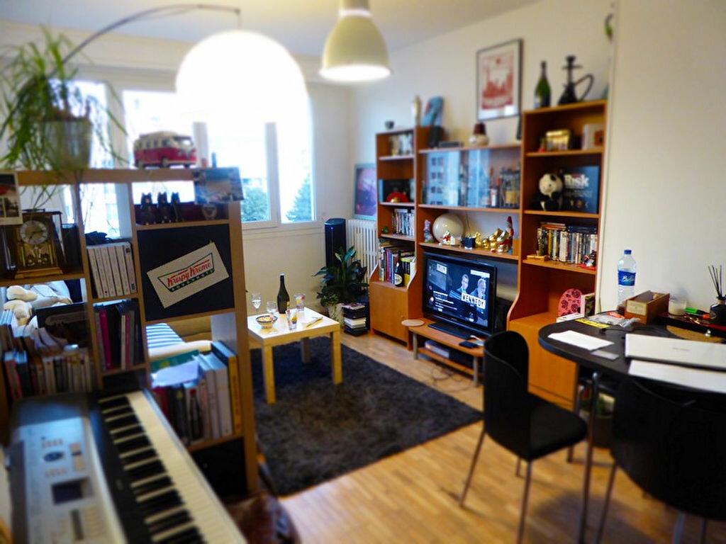 Achat Appartement 3 pièces à Châtillon - vignette-3