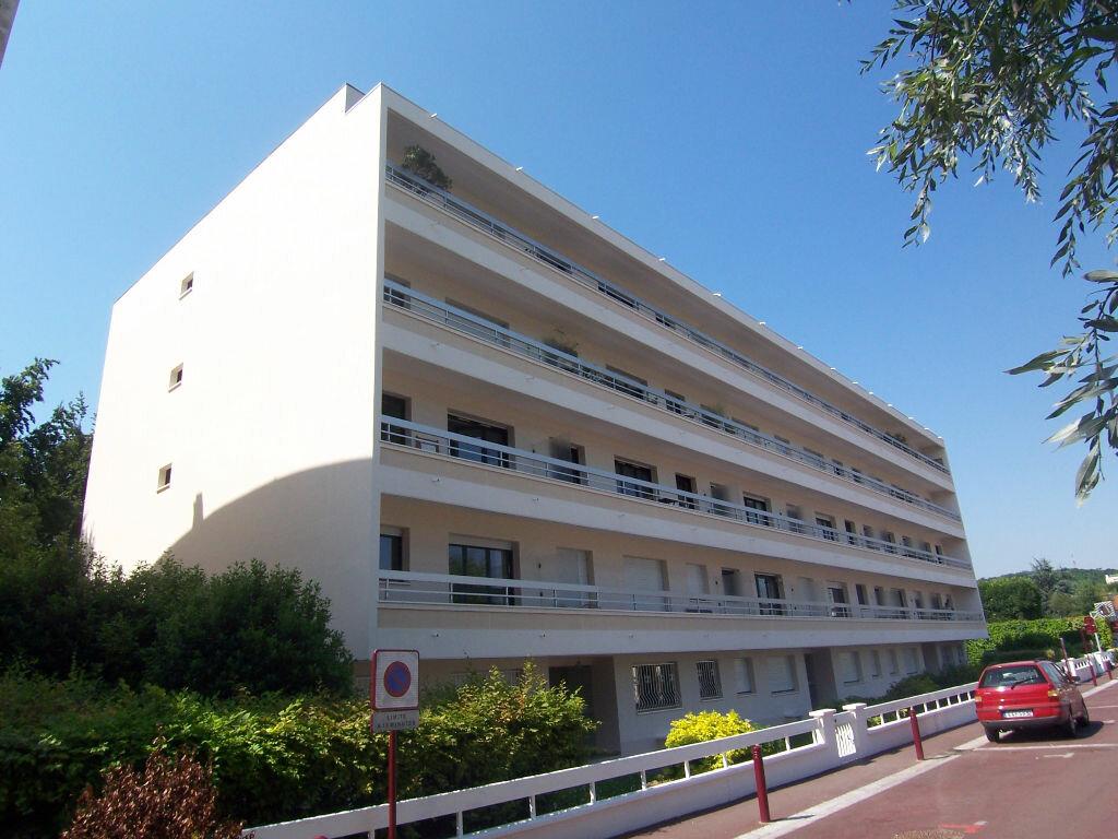 Achat Appartement 4 pièces à Sceaux - vignette-1