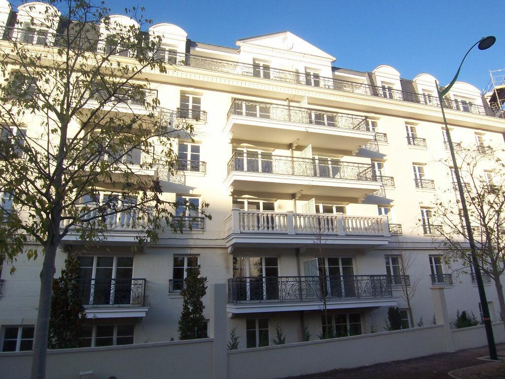 Achat Appartement 2 pièces à Le Plessis-Robinson - vignette-1