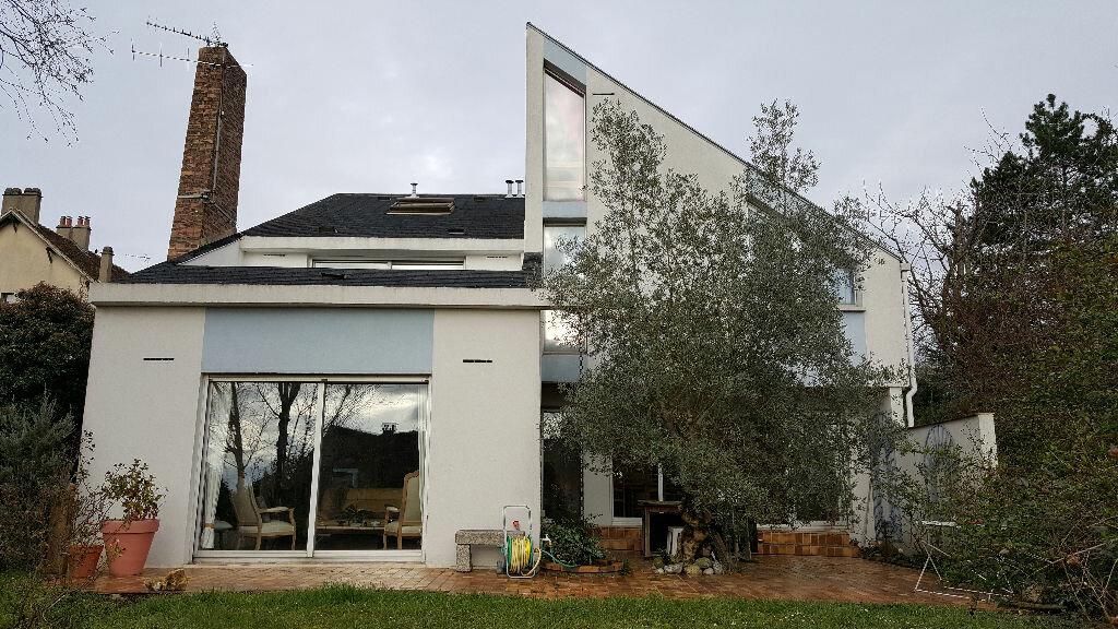 Achat Maison 7 pièces à Sucy-en-Brie - vignette-1