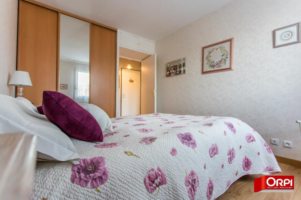 Achat Appartement 4 pièces à Sucy-en-Brie - vignette-8