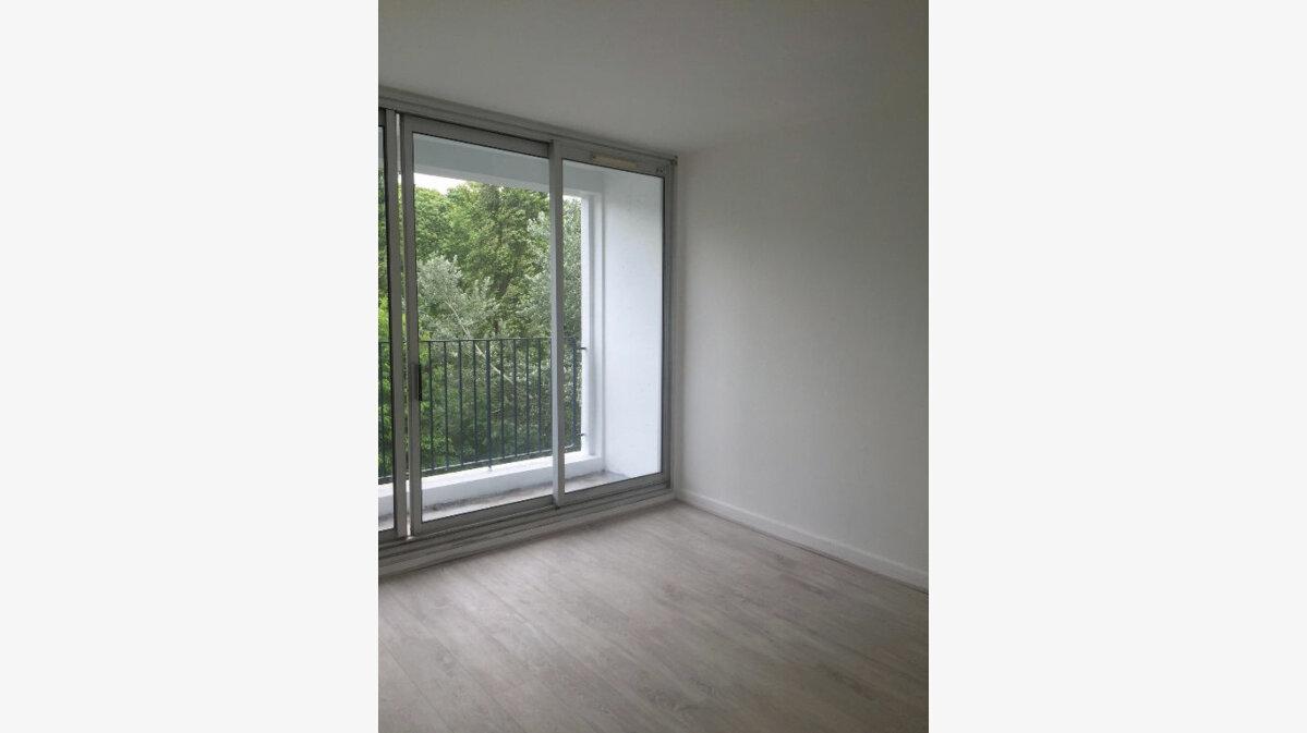 Achat Appartement 3 pièces à Sucy-en-Brie - vignette-1
