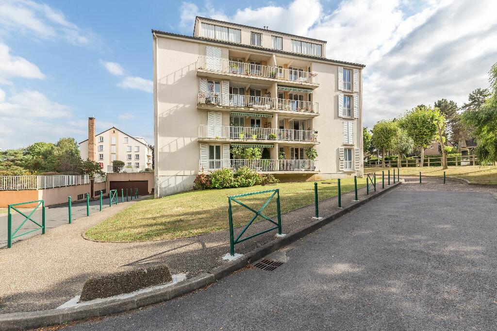 Achat Appartement 4 pièces à Sucy-en-Brie - vignette-7