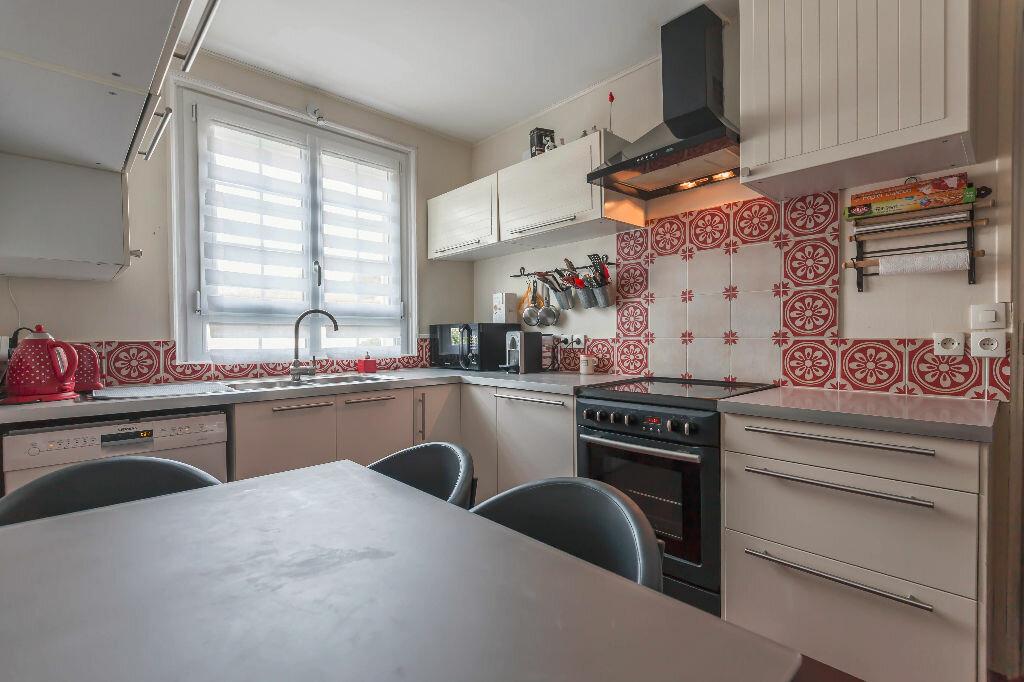 Location Maison 6 pièces à Sucy-en-Brie - vignette-1