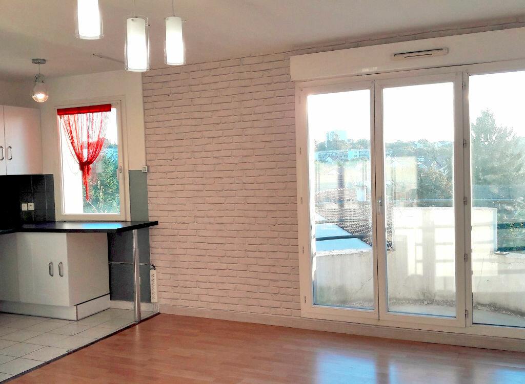 Location Appartement 2 pièces à Limeil-Brévannes - vignette-1