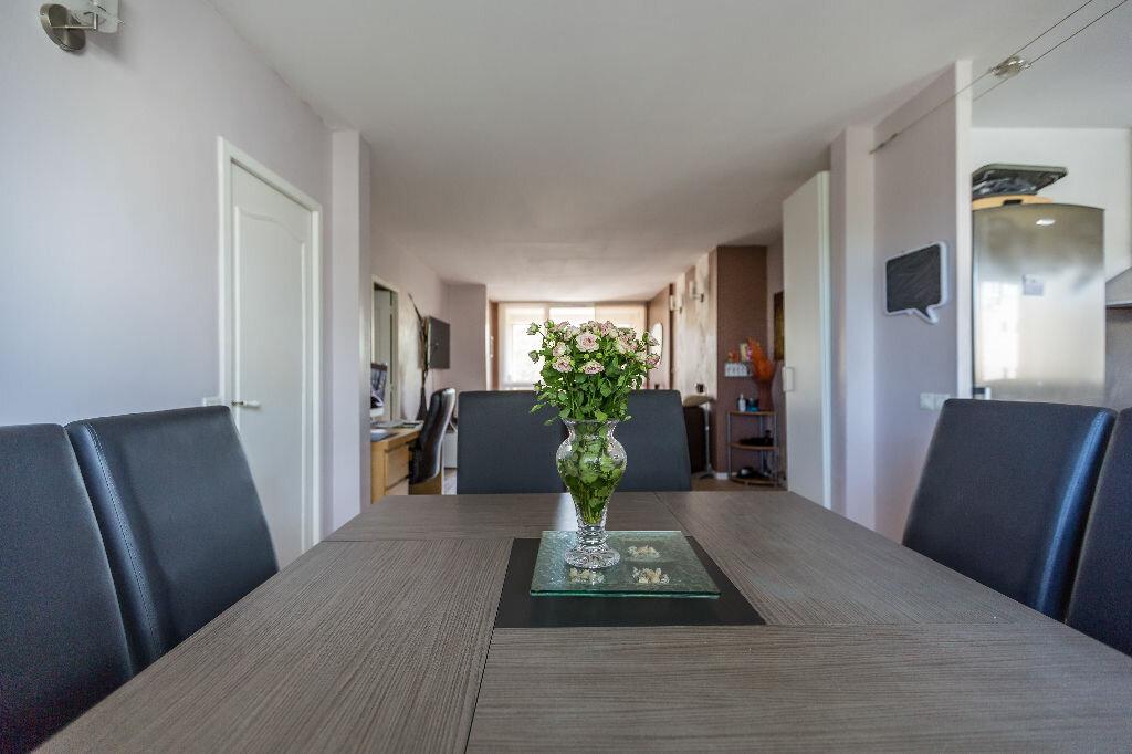 Achat Appartement 4 pièces à Le Plessis-Trévise - vignette-1