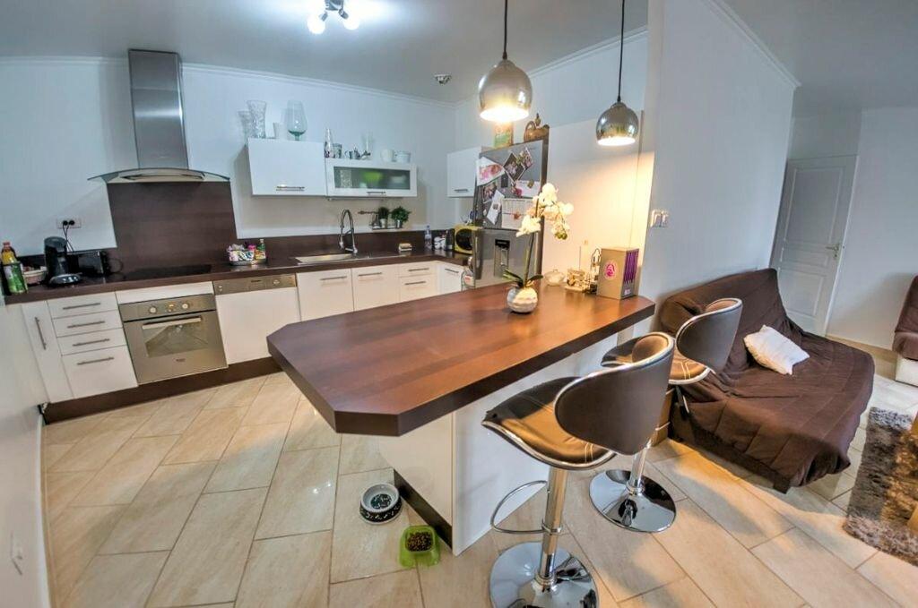 Achat Appartement 3 pièces à La Queue-en-Brie - vignette-1