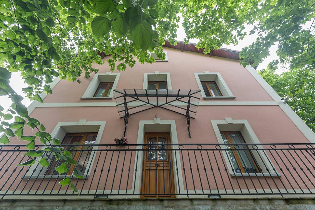 Achat Maison 7 pièces à Le Plessis-Trévise - vignette-1